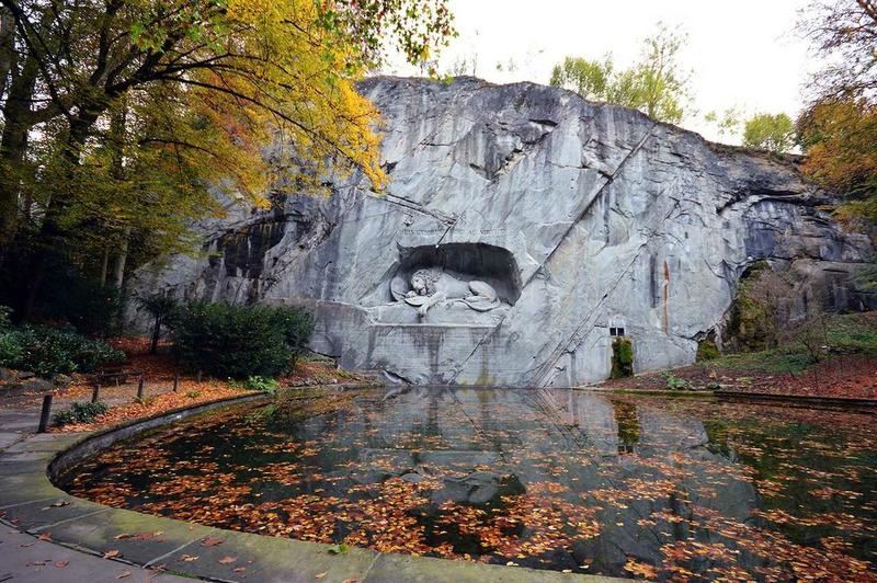 Памятник Умирающий лев (Люцерн - Швейцария)