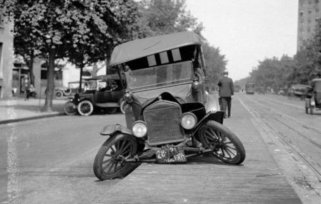 Автомобильная авария 1949 год.