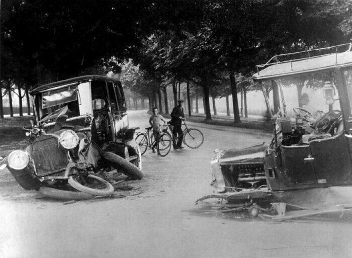 ДТП в Нидерландах. Снимок 1914 года.