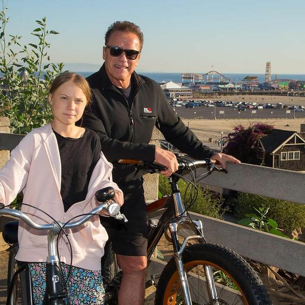 Арнольд Шварценеггер прокатился на велосипеде с Гретой Тунберг