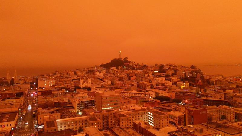 Оранжевое небо над Калифорнией