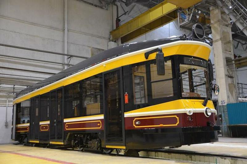 Уралтрансмаш создал туристический ретро-трамвай