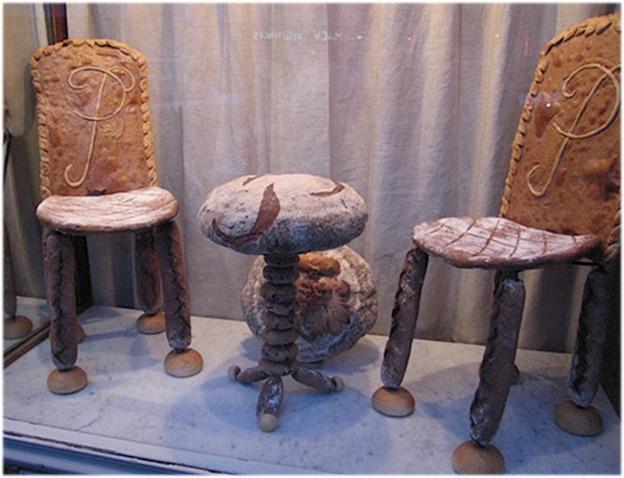 Мебель из хлеба Сальвадора Дали